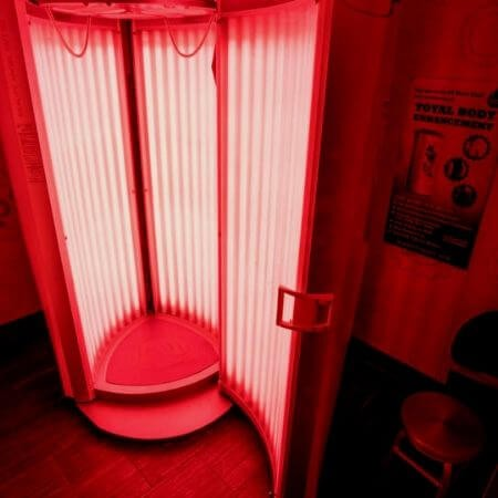 Total body enhancement gives red light therapy